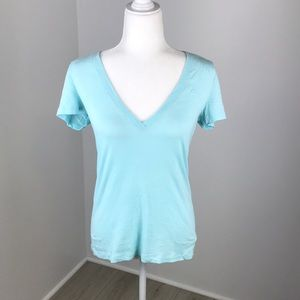 Abercrombie & Fitch Blue V-Neck Tee Size M